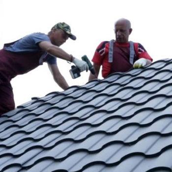 Монтаж крыши из металлочерепицы или профнастила